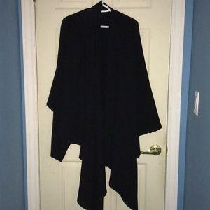 DKNY BLACK CAPE